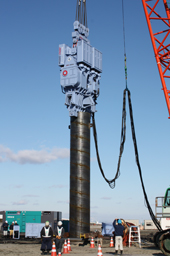ZERO-320MR×2台連動による鋼管矢板施工